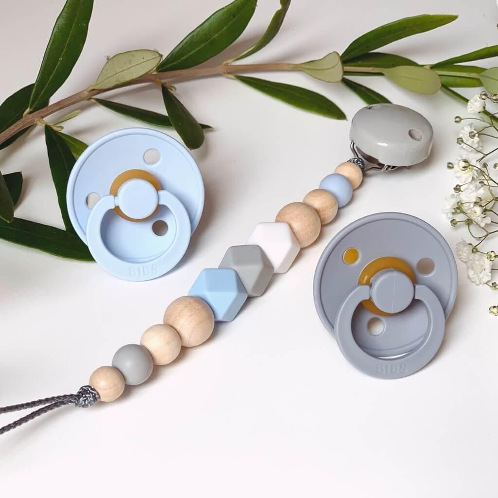 Schnullerkette Schnullerband Nuckelkette Beißkette mit Namen Natur-Holz Silikon